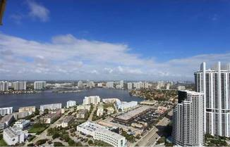 17875 Collins Ave, Sunny Isles Beach, FL 33160